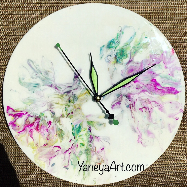 "Flowers everywhere - 10"" vinyl record clock"